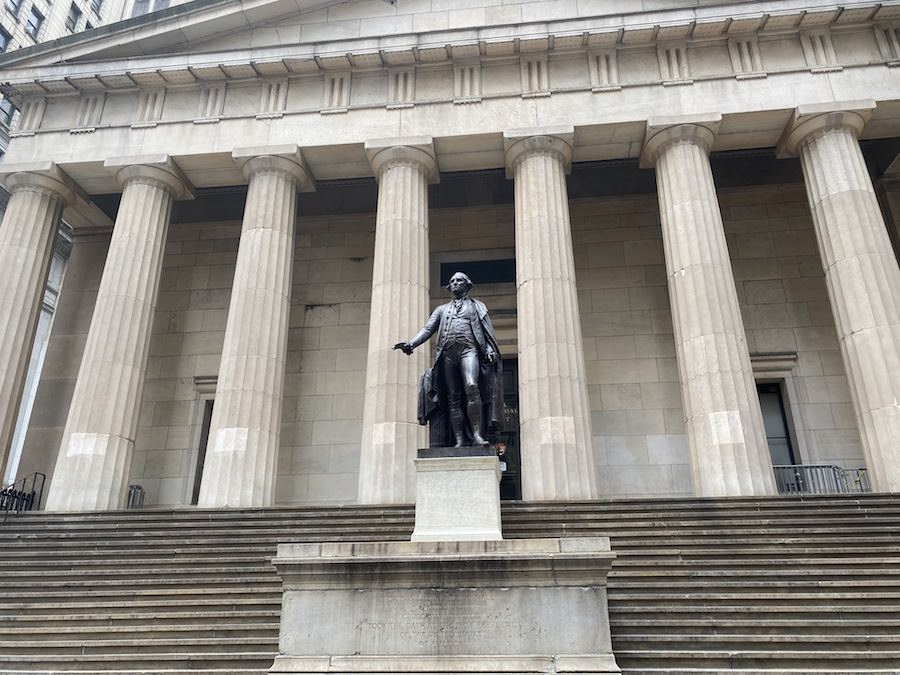 Federal Hall on Hamilton Walking Tour